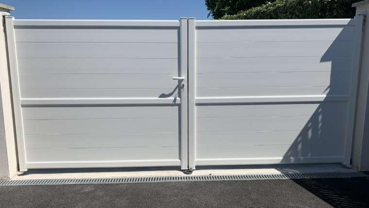 Pose de portail battant Aluminium manuel secteur La Rochelle